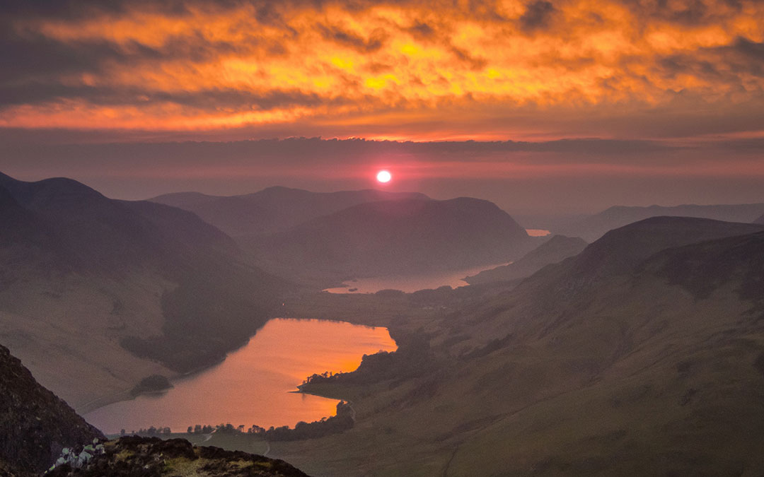Sunset-from-top-of-Fleetwith-Pike,-Lake-District,-credit-Tom-McNally